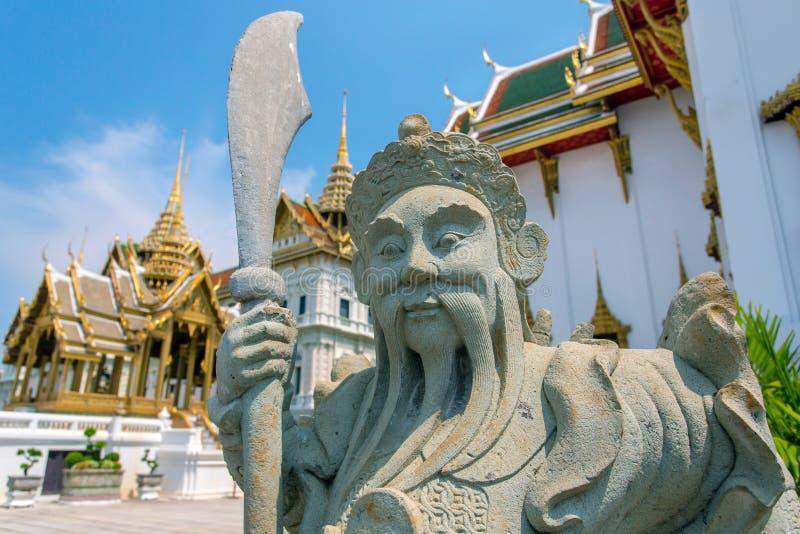 中国雕象在盛大宫殿 库存图片