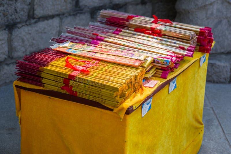 中国香火灼烧的香火 免版税库存图片