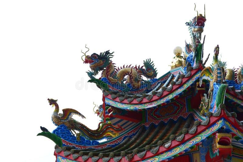 中国龙和天鹅屋顶中国风格 库存照片