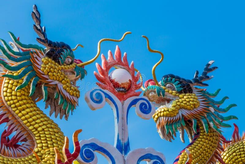 中国龙雕象艺术 库存照片