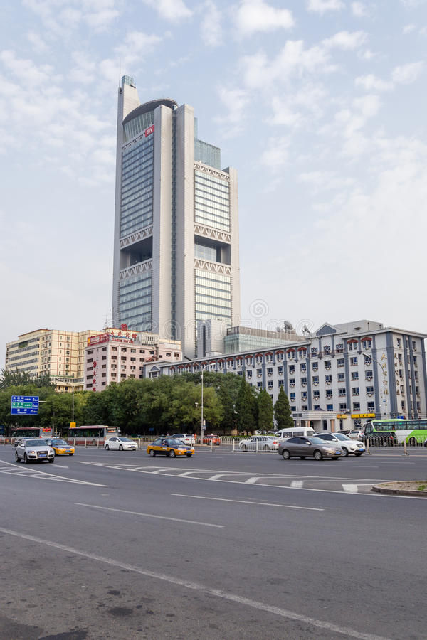 中国,北京 高层现代大厦和大道- 3 免版税库存照片