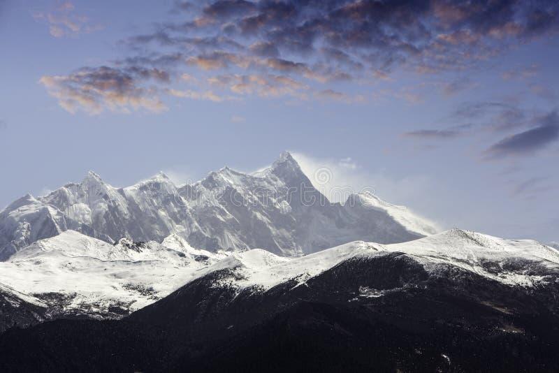 中国` s西藏高原雪山峰 库存图片