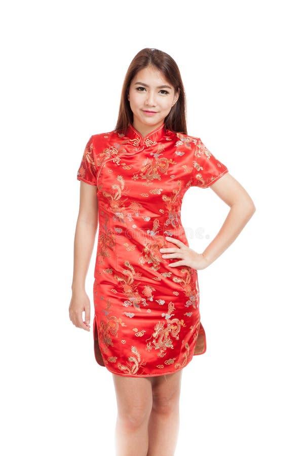 中国cheongsam礼服的亚裔女孩 免版税图库摄影