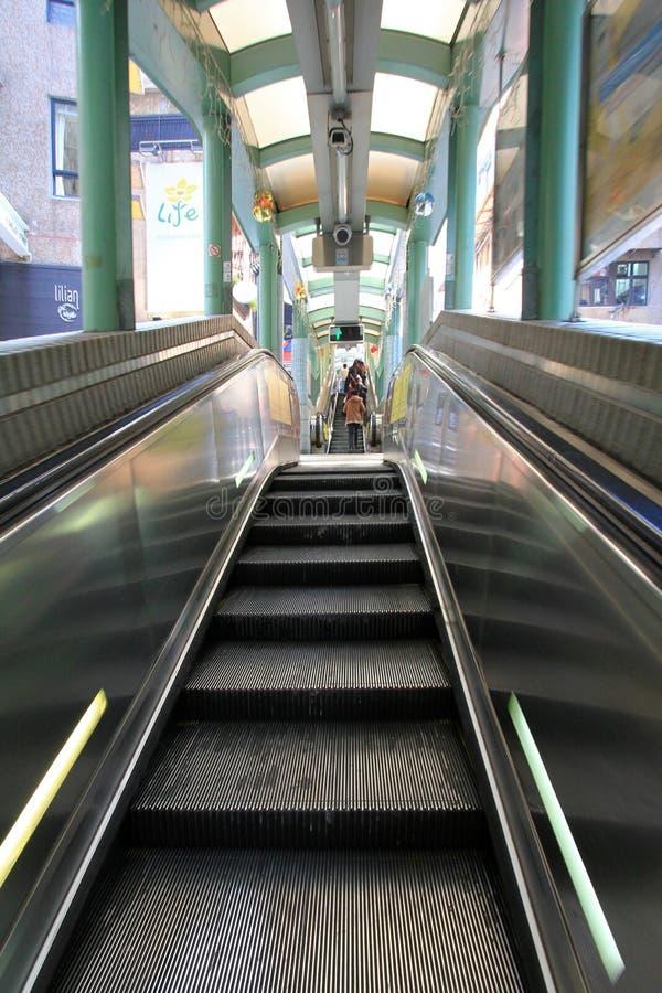 中央中间级自动扶梯在香港 免版税库存图片