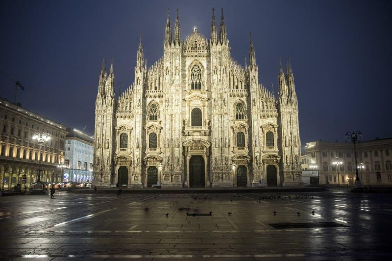 中央寺院意大利米兰广场 免版税库存图片