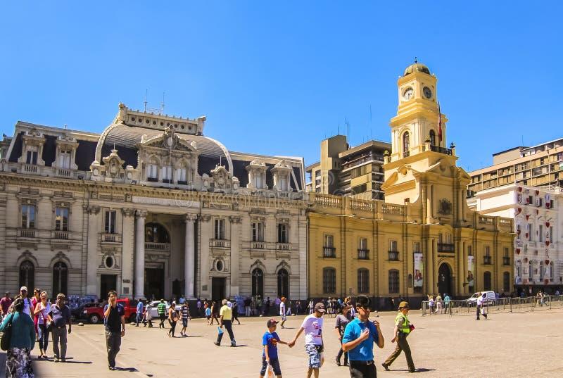 中央邮局大厦和皇家法院宫殿阿马斯广场的 免版税库存照片