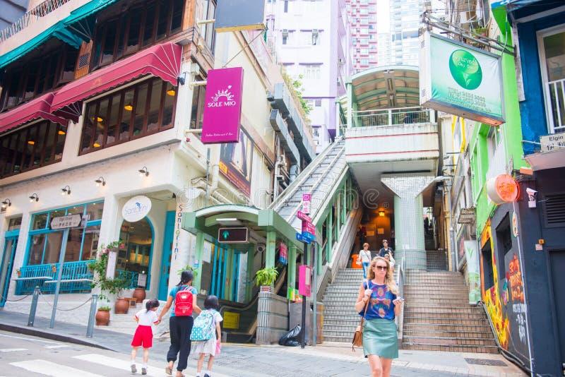 中央-香港, 2016年9月23日: :MID-LEVELS自动扶梯 库存图片