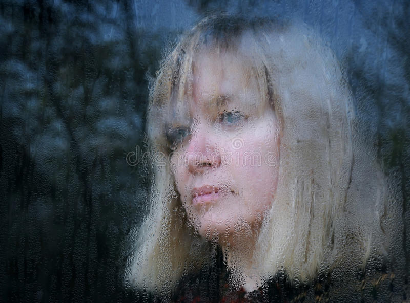 中年妇女被弄脏的纵向  免版税库存照片