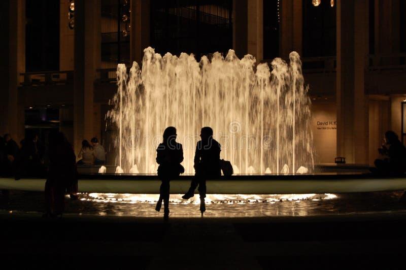 中心城市喷泉林肯新的剪影约克 免版税库存图片