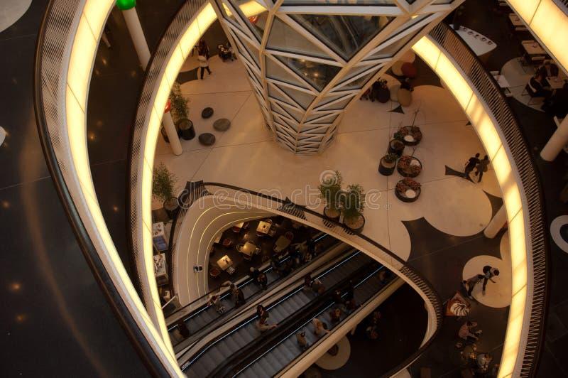 中心法兰克福未来派购物 免版税库存照片