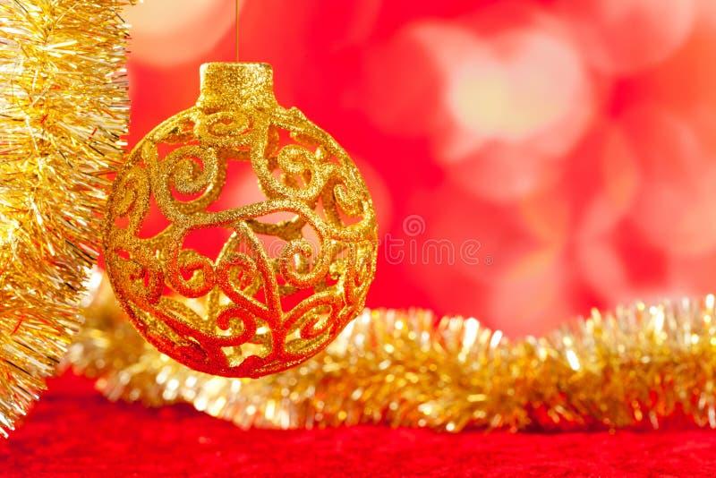 中看不中用的物品看板卡圣诞节金黄闪亮金属片 图库摄影