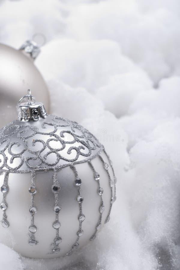 Download 中看不中用的物品银色雪 库存照片. 图片 包括有 水晶, 空间, 节假日, 圣诞节, 没人, 亮光, 脆弱 - 22351968