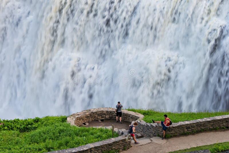 中部的特写镜头在Letchworth国家公园落在纽约 库存图片