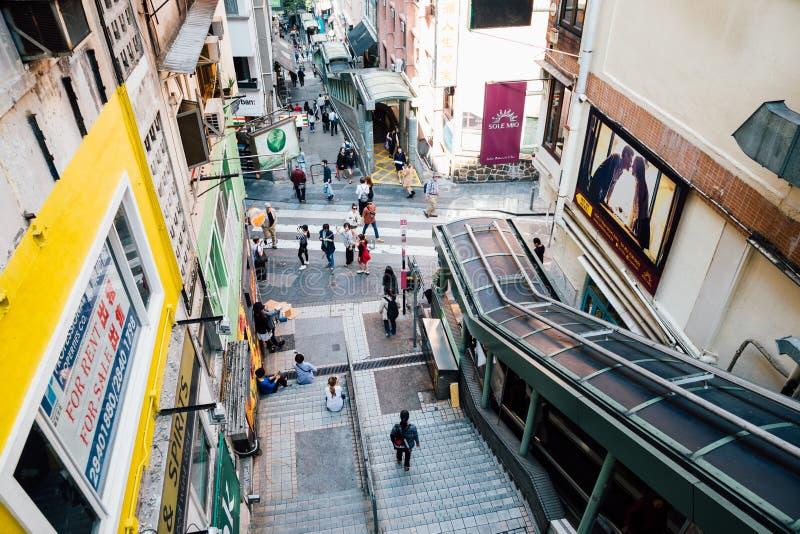 中间平实自动扶梯和中央伦敦苏豪区在香港 免版税库存图片