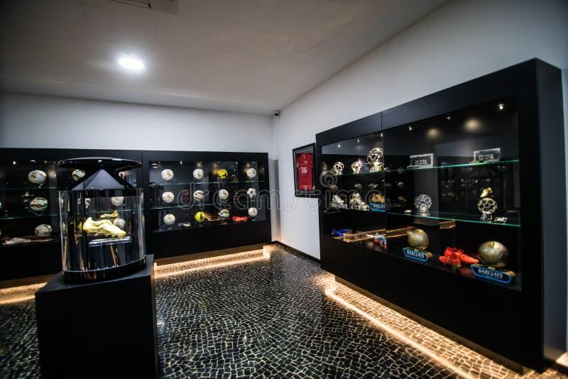 丰沙尔,马德拉,葡萄牙- 2018年7月:克里斯蒂亚诺罗纳尔多佩斯塔纳哥斯达黎加旅馆和博物馆在丰沙尔江边o被生动描述 免版税图库摄影