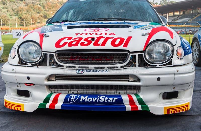 丰田卡罗拉WRC 1998年nel vecchio raduno della vettura da corsa LA LEGGENDA 2017年 免版税库存图片