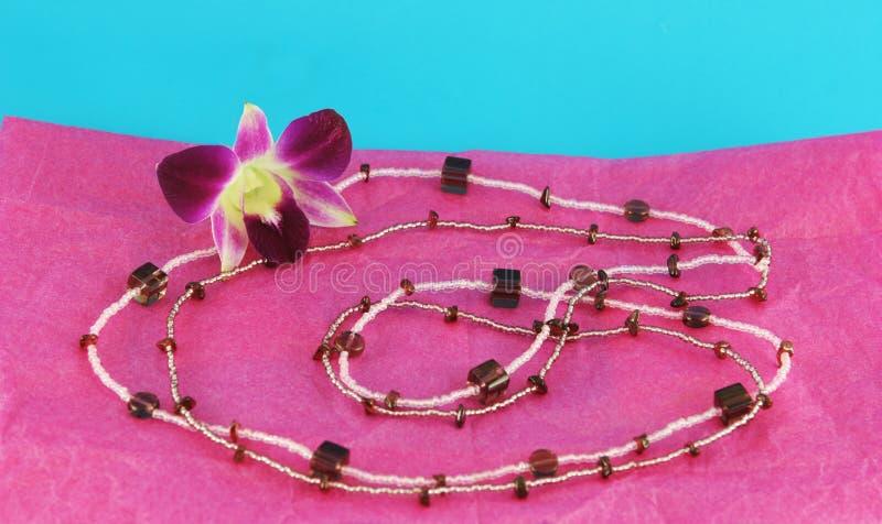 串珠的项链粉红色 库存图片