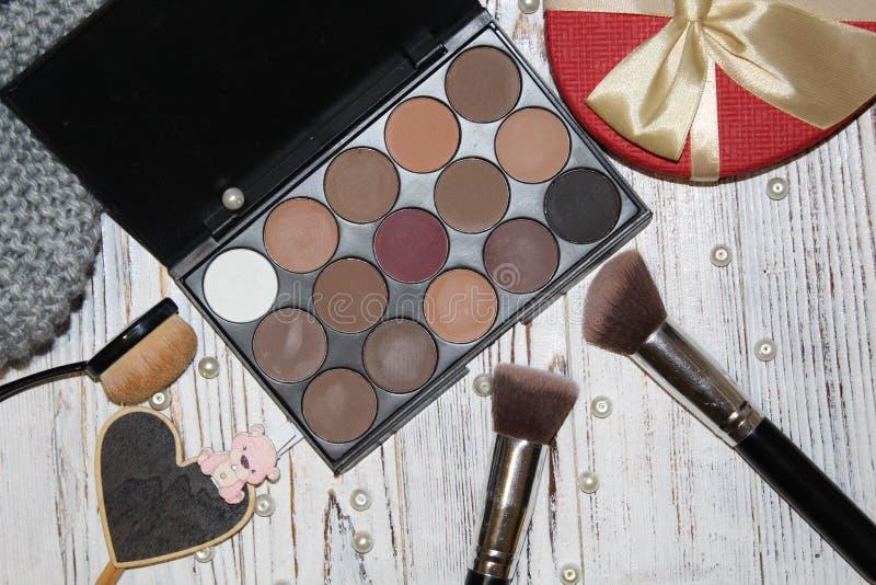 为化妆师的工具 免版税库存照片