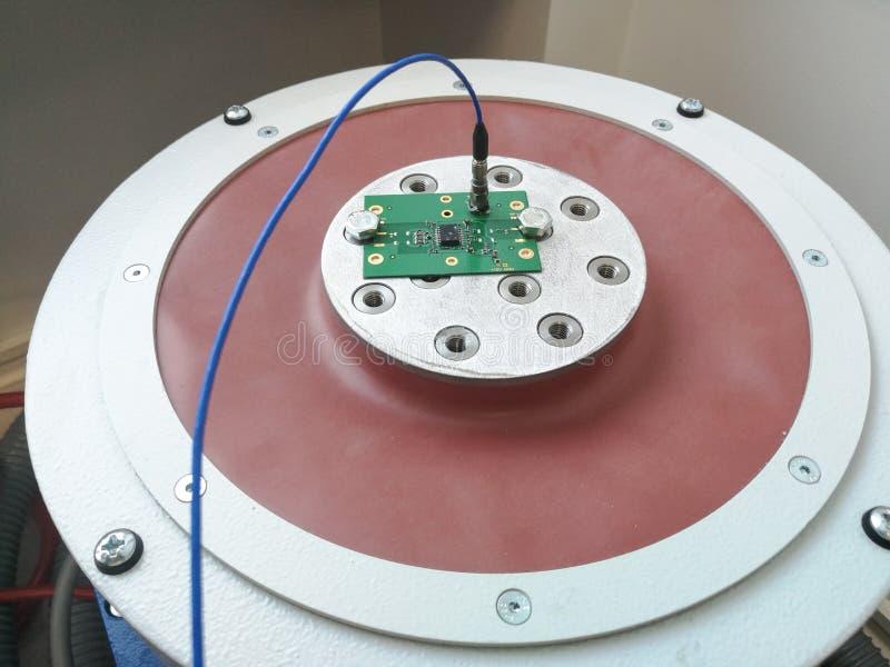 为可靠性测试准备的电子PCB 图库摄影