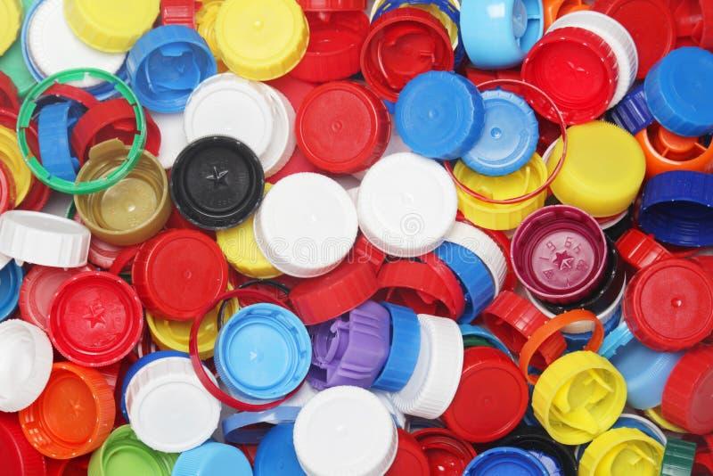 为回收收集的塑料瓶盖 库存照片