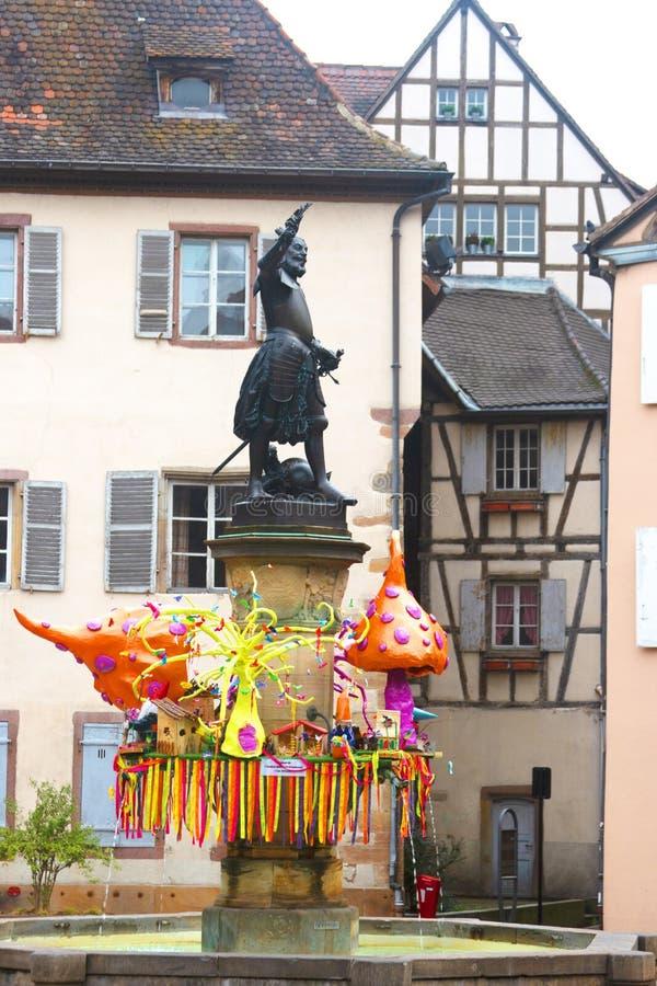 为复活节装饰的拉撒路冯施文迪雕象,科尔马,法国 库存照片