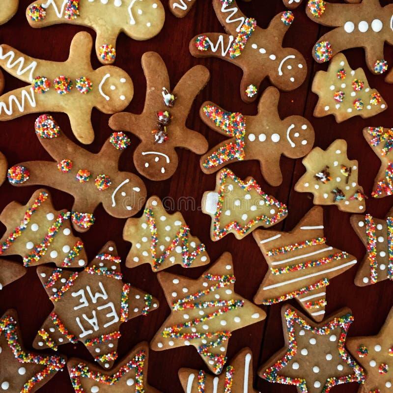 为孩子装饰的圣诞节曲奇饼 免版税库存图片