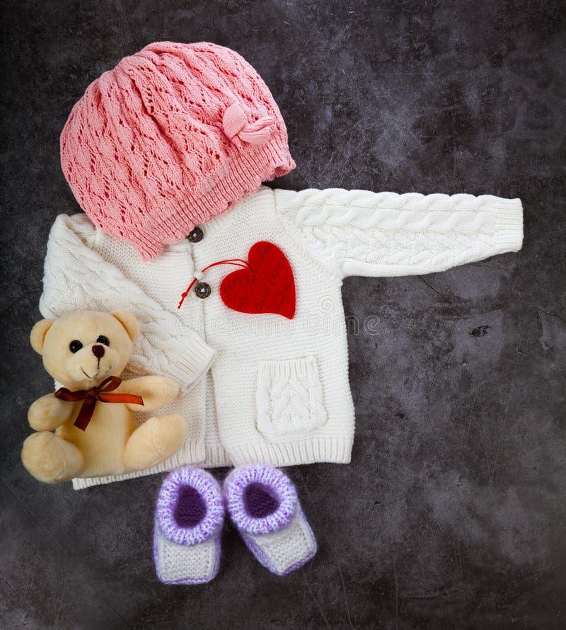 为小女孩设计时尚服装/婴儿用品, 免版税库存图片