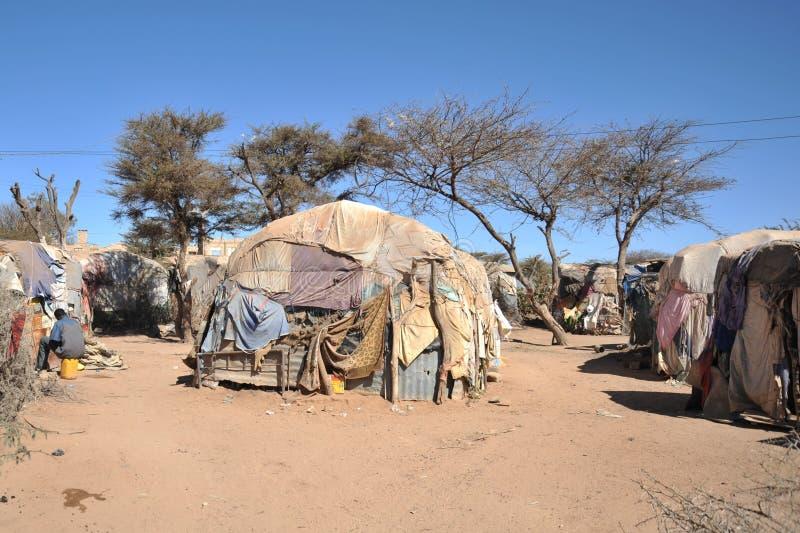 为非洲难民和被偏移的人民野营在哈尔格萨的郊区在索马里兰在联合国占卜下。 图库摄影