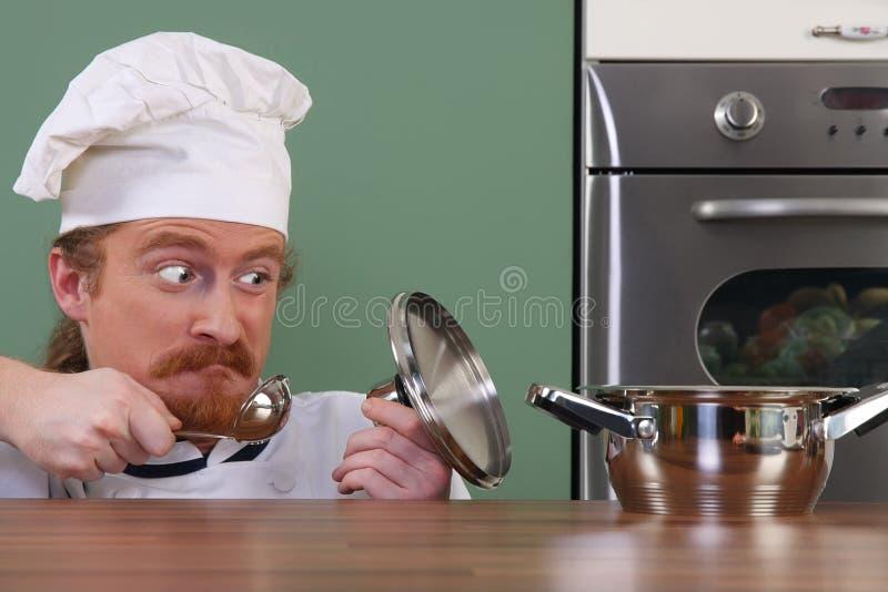 主厨滑稽的年轻人 免版税库存图片
