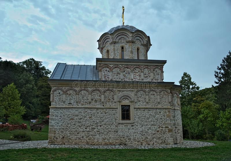 主要石教会修道院Hopovo在塞尔维亚 图库摄影