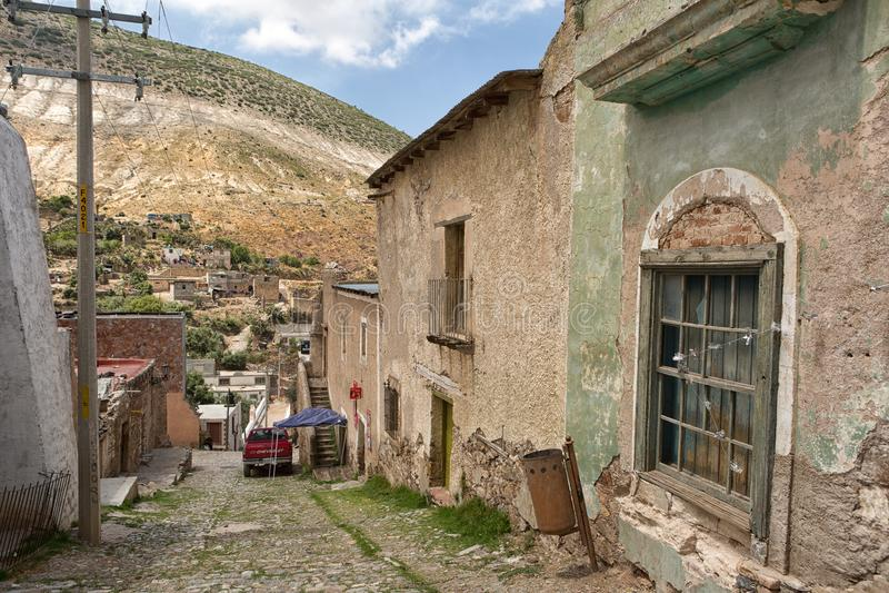 主要被放弃的大厦建筑特写镜头细节在Real de Catorce 免版税库存图片