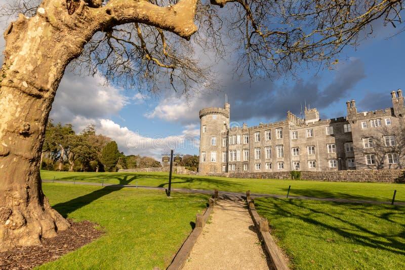 举世闻名的五星dromoland城堡旅馆和高尔夫俱乐部 免版税库存图片