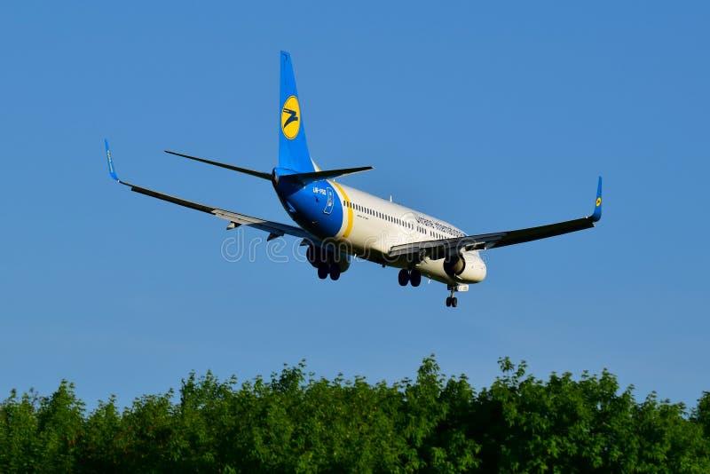 乌克兰国际航空波音737 库存照片