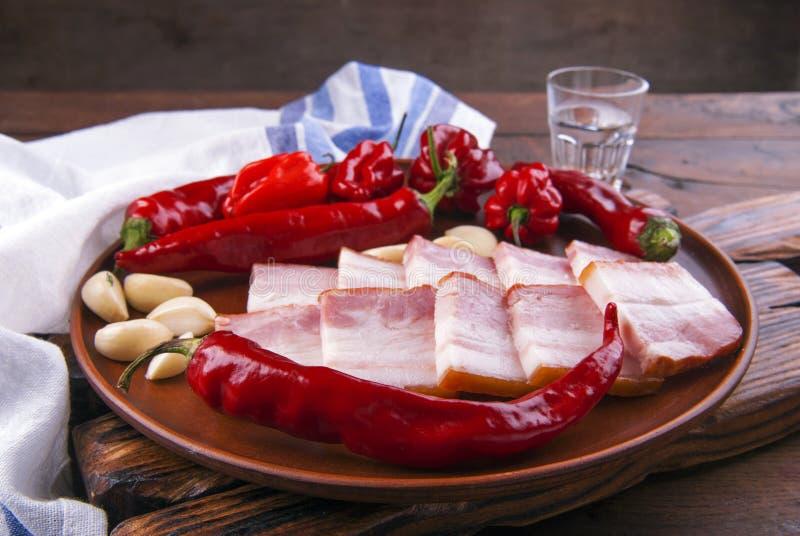 乌克兰培根和红胡椒 免版税图库摄影