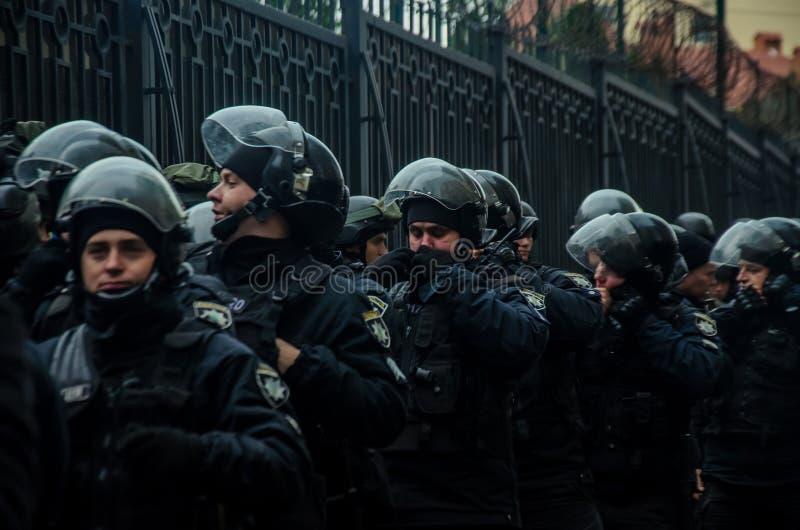 乌克兰爱国者抗议在俄罗斯联邦的一般领事馆的附近在反对俄罗斯的侵略的傲德萨 免版税库存图片
