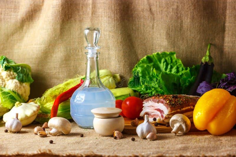 乌克兰静物画猪油和菜 库存照片