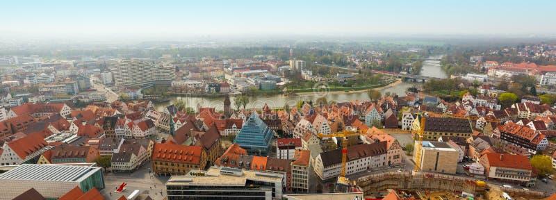 从乌尔姆芒斯特教会,德国的全景 免版税库存图片