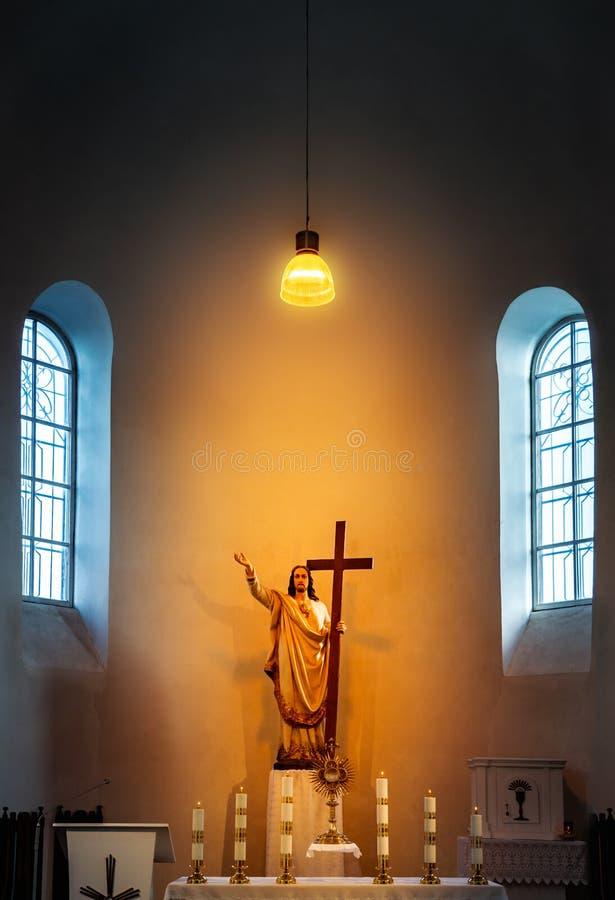 乌默格圣三一教堂的圣坛 免版税库存照片