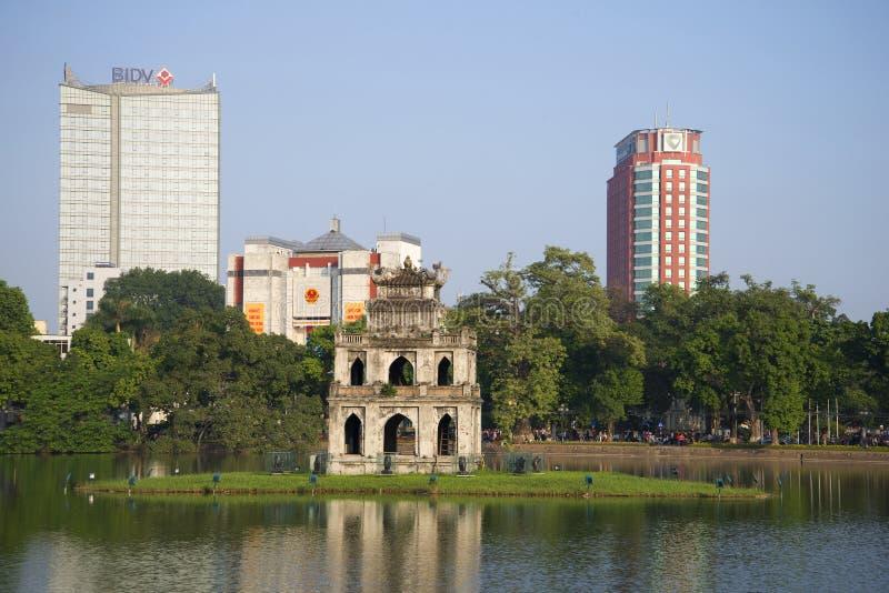 乌龟的寺庙的看法在湖的在河内,越南的中心 库存图片