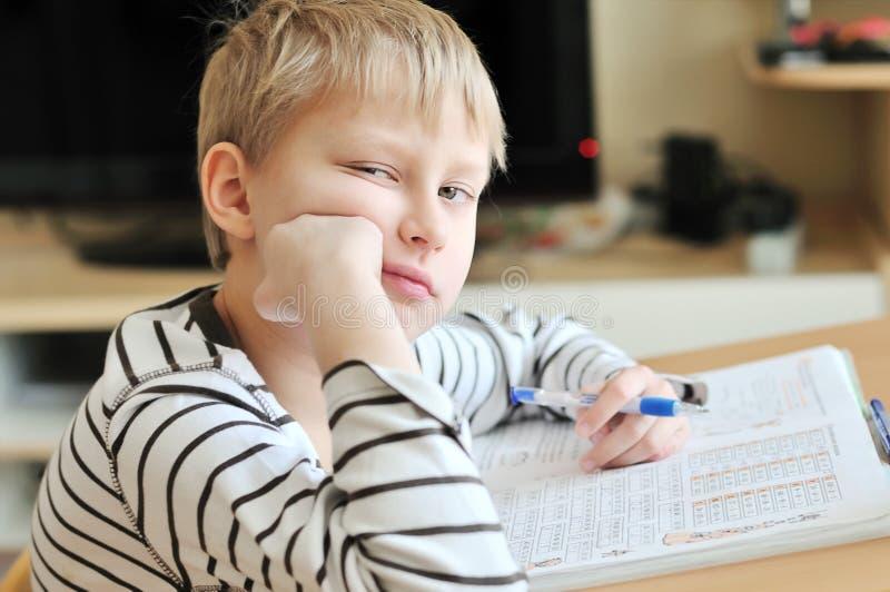 乏味家庭作业 免版税库存图片