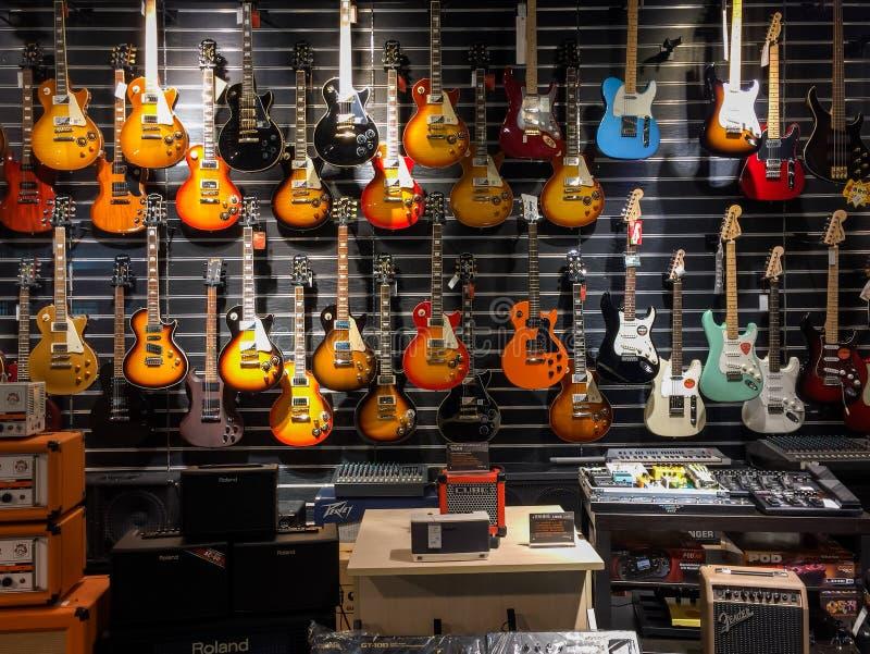 乐器商店 库存图片