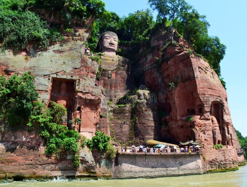 乐山,中国的了不起的菩萨 免版税库存照片