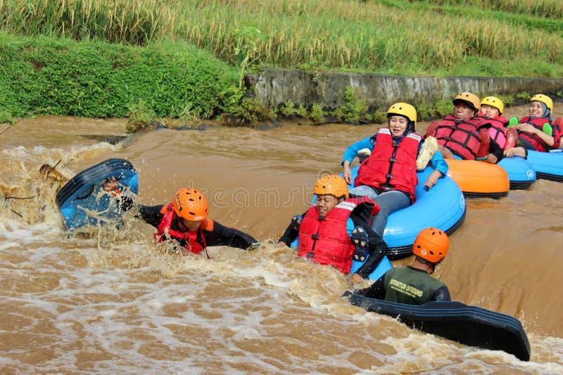 乐趣与浮体的河流程 免版税库存照片