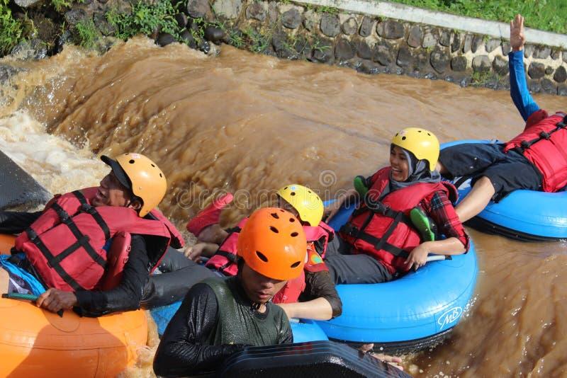 乐趣与浮体的河流程 库存照片