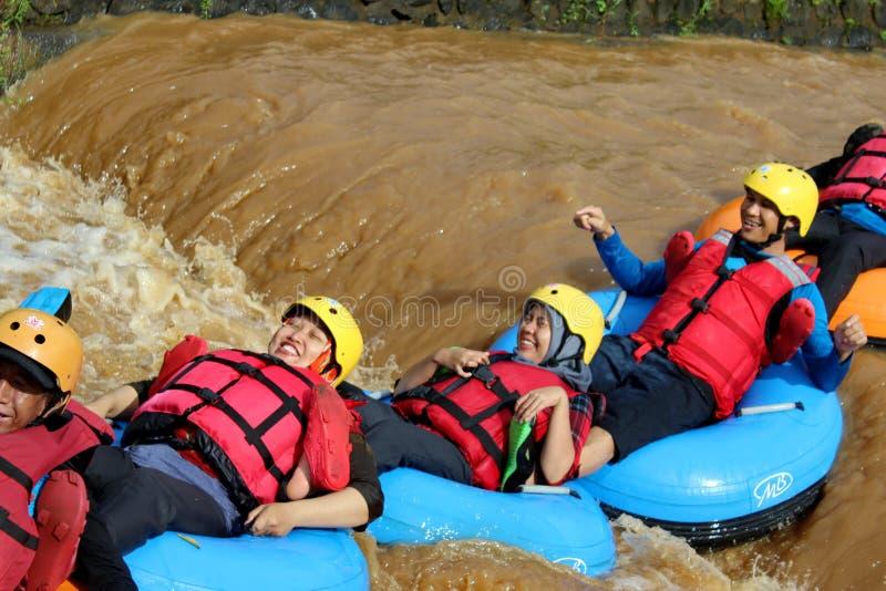 乐趣与浮体的河流程 免版税图库摄影