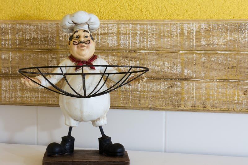 乐趣厨师小雕象 免版税图库摄影