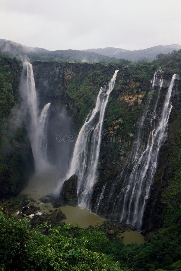 乔格法尔尔斯或Gerosoppa在卡纳塔克邦国家下跌的印度 免版税图库摄影