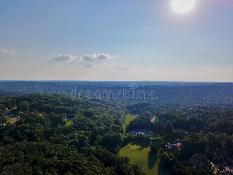 乔治亚高尔夫球场从上面有寄生虫的 免版税库存图片