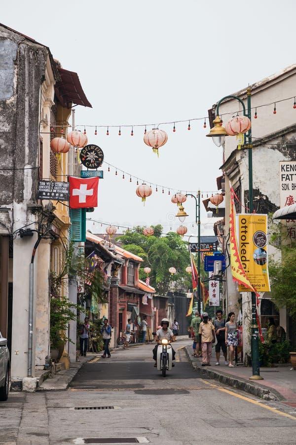 乔治城,槟榔岛/马来西亚-大约2015年10月:老乔治城,槟榔岛,马来西亚街道和建筑学  库存图片
