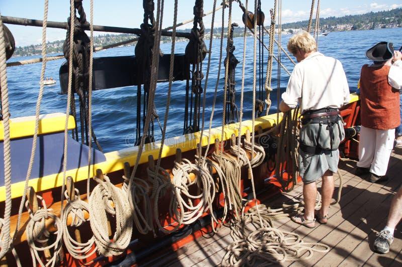 乘员组设置夫人华盛顿的风帆 免版税库存照片